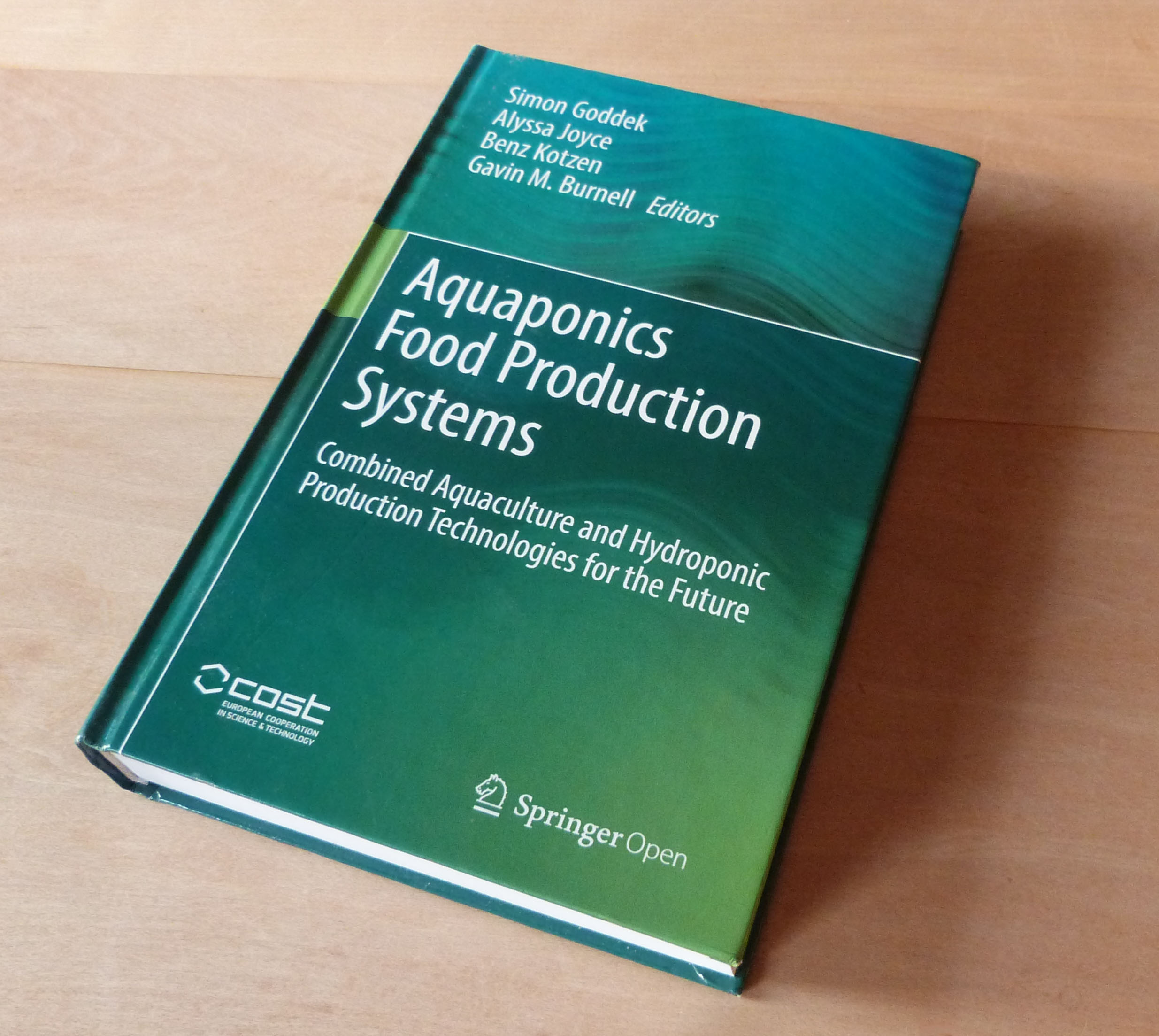 "Buch zur Aquaponik-Forschung ""Aquaponics Food Production Systems"""